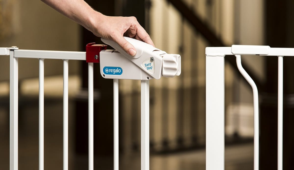 ... keeping your child safe but it can be difficult to know which products to trust. Thatu0027s why we dug into the top-selling baby safety gates on the market ... : baby door - pezcame.com