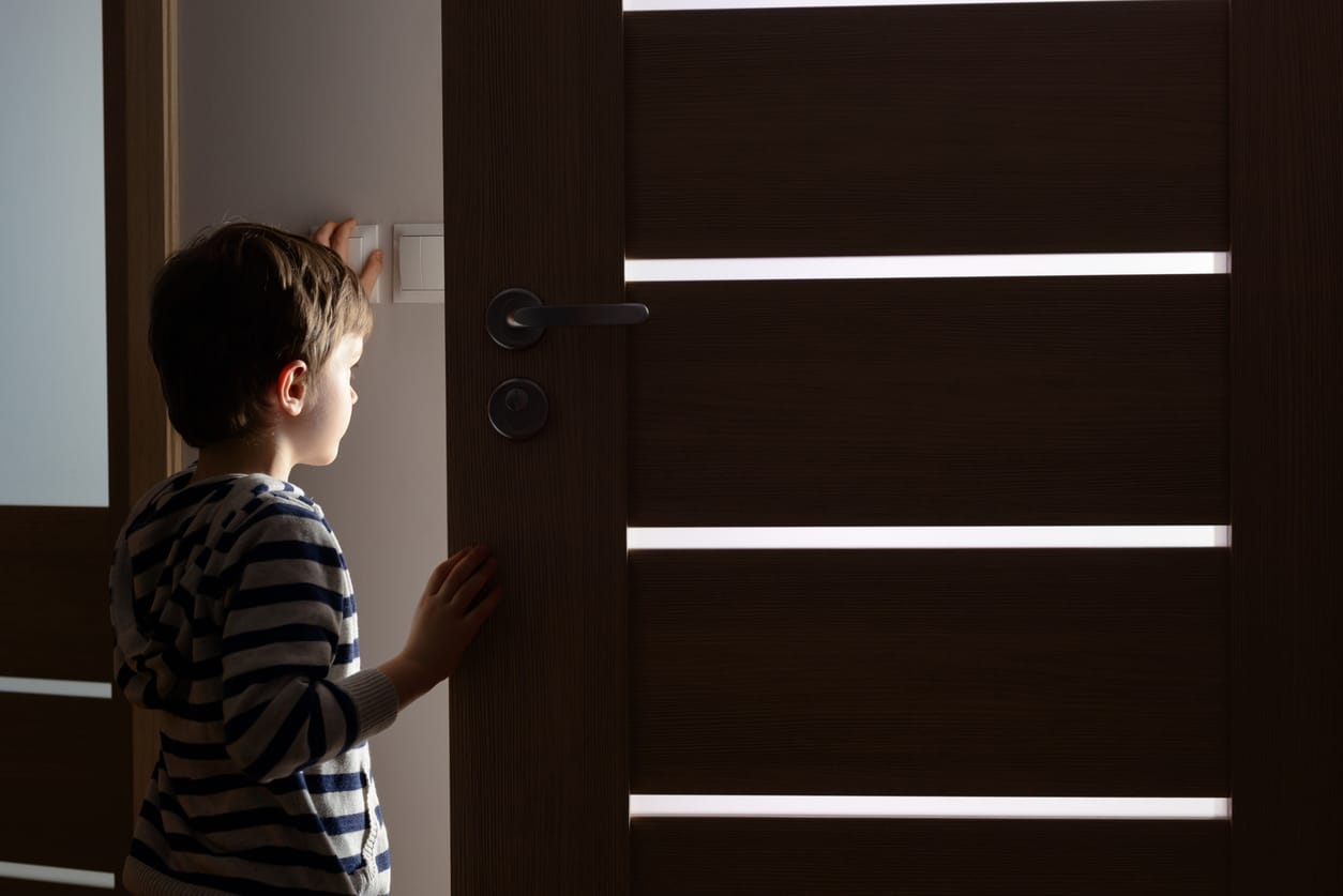 At What Age Can a Child Be Left Home Alone?
