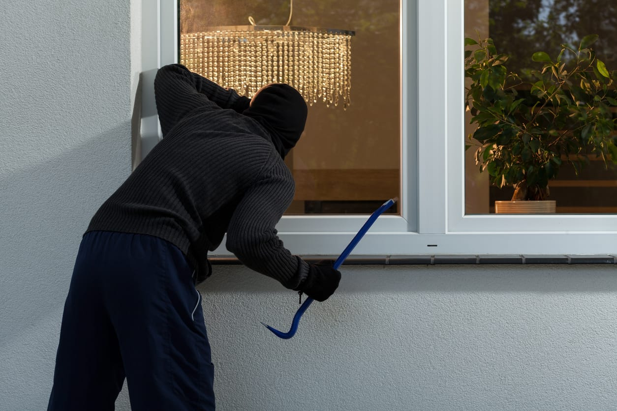 2651d0168fc What Basic Steps Can I Take to Prevent My House from Being Burgled