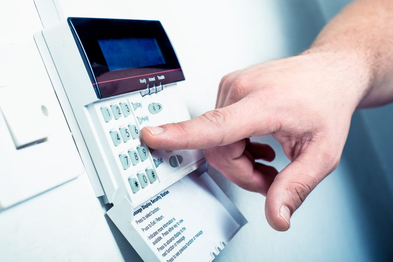 What are the Pros & Cons of Wired & Wireless Security Systems?