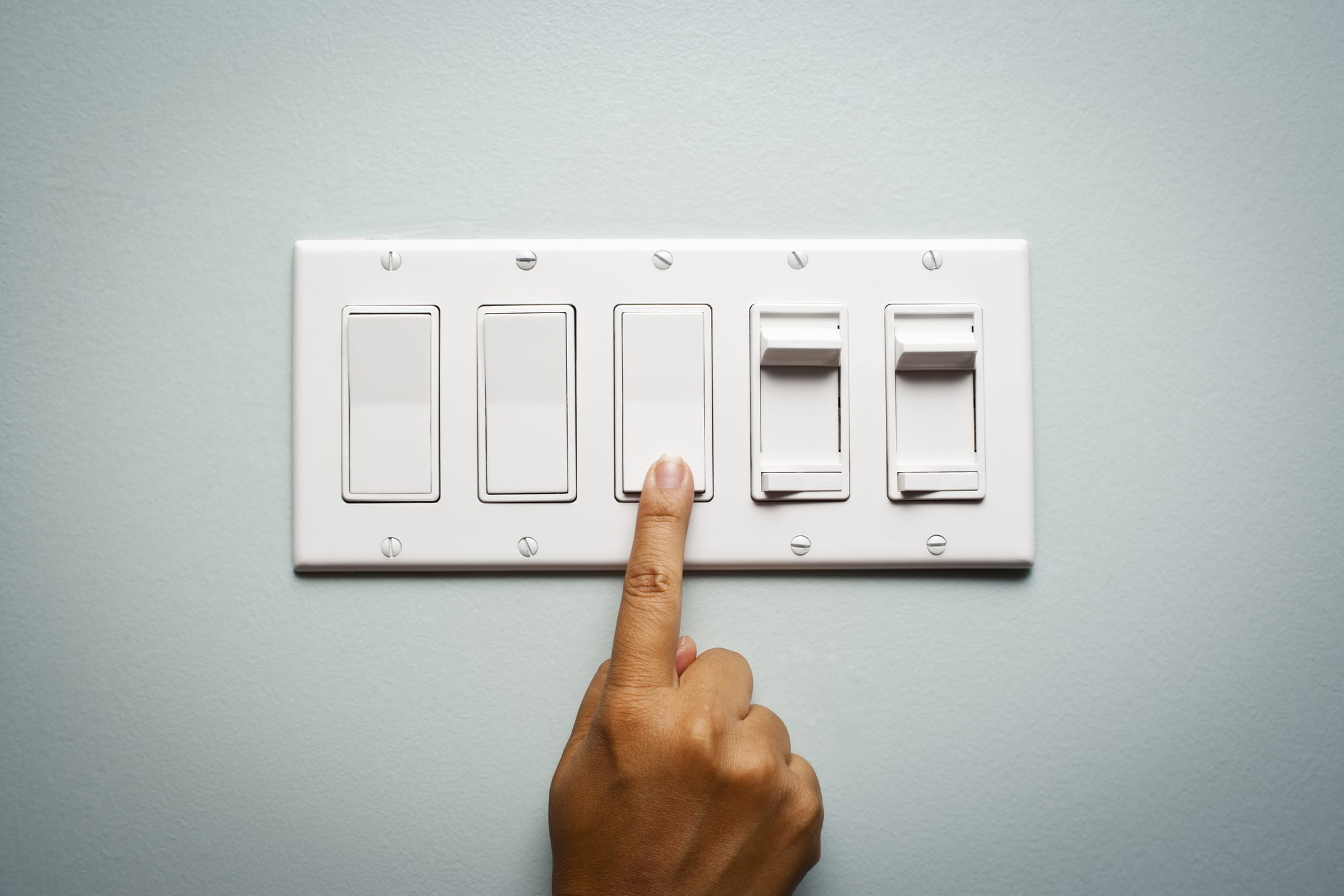How can I save energy with home automation?