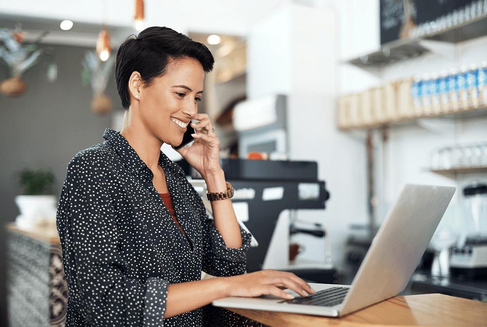 vivint customer speaking on the phone