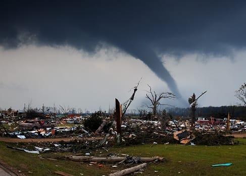 Tornado devestating a neighborhood